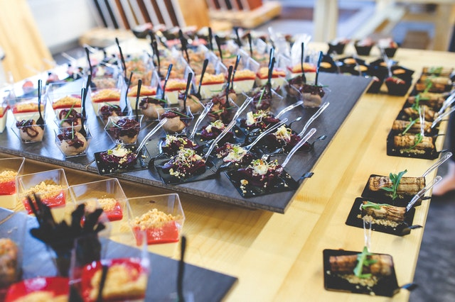 Catering na każdą okazję - sprawdź ofertę Siedliska Janczar