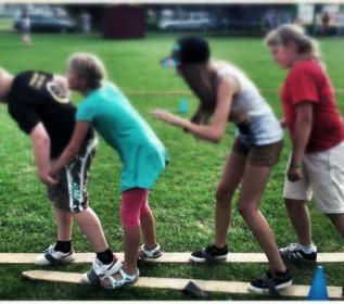 Zabawy  integracyjno - sportowe